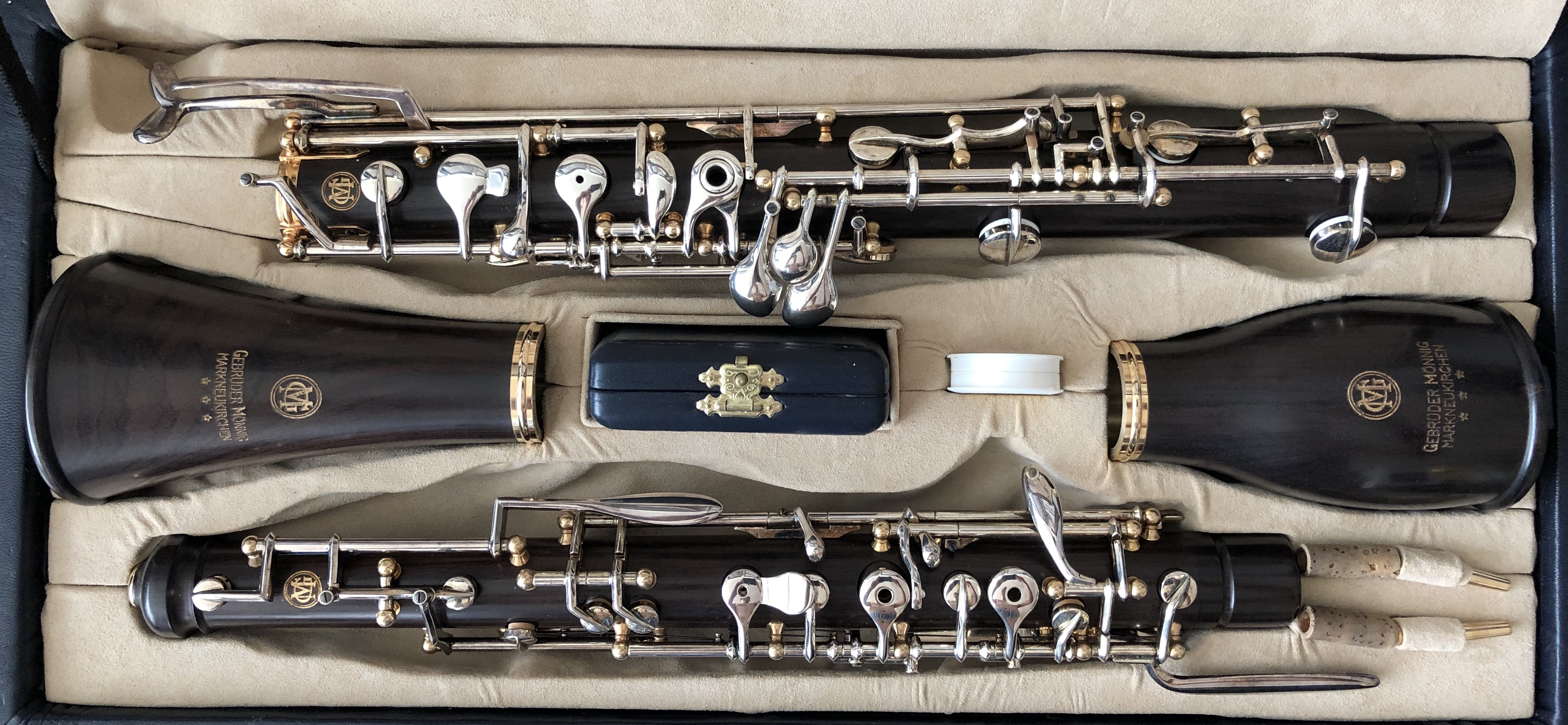 Pre-Owned English horns, Oboe D'Amours & Bass Oboes - iNNOLEDY